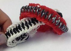 Mustache Rainbow Loom Bracelet #jewelry #kids #friendship #weaving