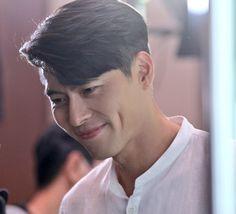 Korean Men, Asian Men, Fancy Makeup, Under Your Spell, Handsome Korean Actors, Big Bang Top, Gu Family Books, Hyun Bin, Boys Over Flowers