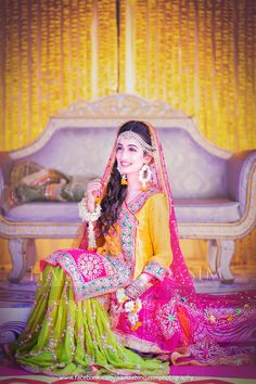Asian Bridal Dresses, Bridal Mehndi Dresses, Walima Dress, Pakistani Bridal Wear, Bridal Outfits, Mehndi Brides, Wedding Makeup Looks, Big Fat Indian Wedding, Wedding Programs