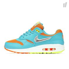 Nike Shoes Usa, Nike Shoes Outlet, Air Max 1, Nike Air Max, New Sneaker Releases, Site Nike, New Sneakers, Celebrity Style, Celebrities
