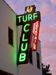 The Turf Supper Club, San Diego, California, simply the best steak place! You grill your own food! Cool Neon Signs, Vintage Neon Signs, Neon Light Signs, New England Fall, San Diego Houses, Valley Girls, Old Signs, California Love, Night City