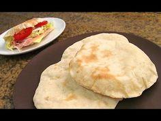 Cómo hacer Pan de Pita | Fácil y Rápido - YouTube