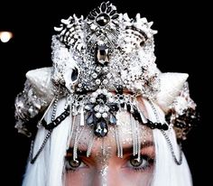 Mermaid Crowns With Real Seashells Are Fit For The Queen of Atlantica