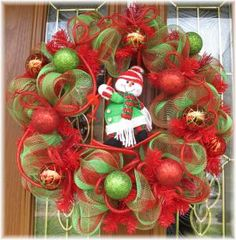 pictures+of+deco+mesh+christmas+wreaths | Snowman Christmas Deco Mesh Wreath for Holiday Decoration