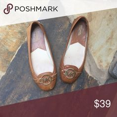 Michael Kors Flats Brown leather Michael Kors flats. Great for dressing up or dressing down! Michael Kors Shoes Flats & Loafers