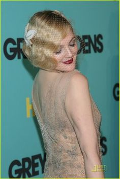 (Forever Drew Barrymore) Typical Aphrodite pose: looking back at her derriere