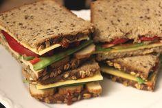 Auch reichlich belegte Brote mit Räuchertofu und Gemüse gabs bei Johanna