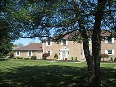112 Clubhouse Dr, West Middlesex, PA 16159