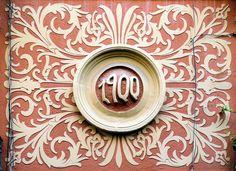 Creative Door Design Art Nouveau 36 Ideas For 2019 Diy Sliding Door, Diy Barn Door, Diy Door, Door Design, Design Art, Belle Epoch, Vintage Wreath, Exterior Front Doors, Arts And Crafts Movement