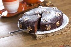 Receita de Bolo húmido de chocolate e nozes. Descubra como cozinhar Bolo húmido de chocolate e nozes de maneira prática e deliciosa com a Teleculinária!