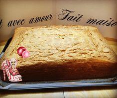 #mollycake #mollycakenature #patisserie #douceursucrees #mycake.fr Molly Cake, Un Cake, Desserts, Food, Parchment Paper Baking, Rectangle Cake, Gentleness, Tailgate Desserts, Deserts