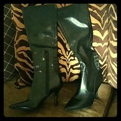 Nine West Boots 6.5 Gorgeous boots Worn once !! Black knee high boots 6.5 Nine West Shoes Heeled Boots