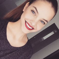 Barbara Palvin's make up look amazing