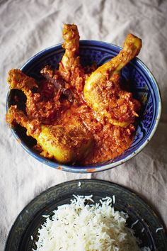A well loved chicken curry recipe from Meera Sodha. Taking inspiration from her mum's homemade curry recipe, the dish is best served with a stack of chapattis. Quick Chicken Thigh Recipes, Chicken Recipes, Chicken Curry, Asiago Chicken, Chicken Pasta, Homemade Curry, Fried Fish Recipes, Curry Dishes, Spicy Dishes