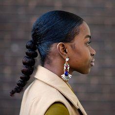 puff ball ponytail