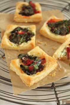 Ramps and swiss chard tartelettes {flowers on my plate} Bärlauch & Mangold Tartelettes