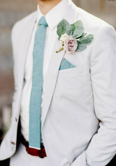 Pastel hues. Summer wedding suit ideas grooms #groom #suit