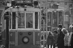 #taksim #metro #sisli #mecidiyekoy #osmanbey #istiklalcaddesi #istiklal #istanbul #turkey #turkiye #sehristanbul #love #bynikon #ByNecatiAkkoc #necati #NecatiAkkoc #nikontop #nikon7100 #people #human #love #baby #picture #music #muzik #turkishmuzik #book #kitap