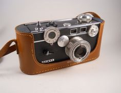 Argus C3 in Leather Case Camera Vintage by MissPattisAttic on Etsy