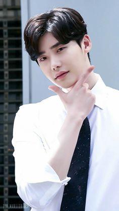 Lee Jong Suk _ While You Were Sleeping