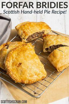 Scottish Meat Pie Recipe, Scottish Recipes, Irish Recipes, Meat Pie Pastry Recipe, English Food Recipes, Meat Hand Pie Recipe, British Food Recipes, Forfar Bridie Recipe, Scotch Pie Recipe