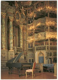 Markgräfliches Opernhaus or Margravial Opera House, Bayreuth, Germany [Immaculate. this is awesome) Baroque Architecture, Beautiful Architecture, Architecture Design, Ancient Architecture, Beautiful World, Beautiful Places, Concert Hall, Palaces, Germany Travel