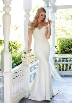 Style 876, off the shoulder wedding dress Martina Liana #weddingdress