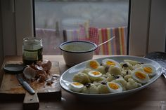 cauliflower, olives and boiled egg