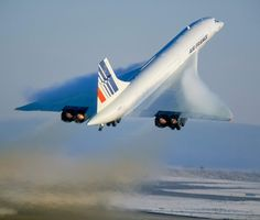 21 Things You Didn't Know About Concorde : Concorde wasn't just supersonic; it flew at up to Mach 2.04