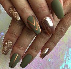 Matte Olive Green Nails, Olive Nails, Green Nail Art, Gold Acrylic Nails, Almond Acrylic Nails, Rose Gold Nails, Green Nail Designs, Thanksgiving Nails, Chrome Nails