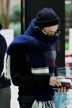 fckyeahgdragon: 151110 G-Dragon at Gimpo Airport Source: @gunoming