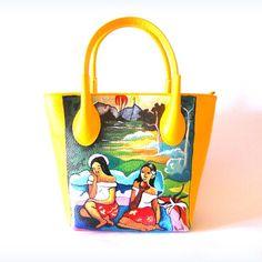 Borsa in pelle dipinta a mano donne tahitiane Paul Gauguin #borsedipinteamano #borsedipinte #borsainpelle #donnethaitiane #gauguin
