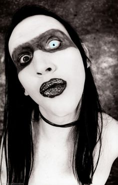 Marilyn Manson did glitter lips before they were popular.