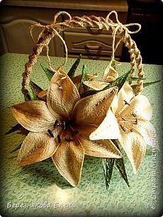 Лилии в корзинке(из джута). | Страна Мастеров