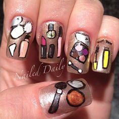 Make-Up Nails
