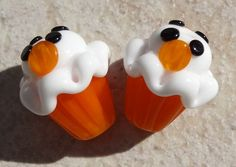Yummy Cupcake Lampwork Beads with Pumpkin Mouse by mmaazebeads