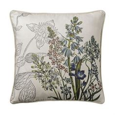 The lovely botanic cushion from the Danish brand Bloomingville is made of cotton with a beautiful pattern with flowers and leaves. Place the cushion in the living room or bedroom and match it together with other colorful and trendy products from Bloomingville for a complete look! Choose from different variants.