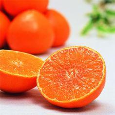 <愛媛>ぷるぷるの食感にビックリ!愛媛の新柑橘。【紅まどんな】 Ehime, Favorite Color, Food And Drink, Sweets, Japan, Fresh, Orange, Gifts, Warm