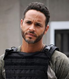 The 50 Hottest Guys to Ever Appear on Your Television Daniel Sunjata, Graceland, Man Candy, My Man, Bearded Men, Beautiful Men, Hot Guys, It Cast, Actors