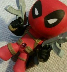 Funko Mystery Minis DEADPOOL Marvel Spiderman Villain VERY RARE 1/144 in Funko | eBay