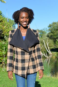 Fall is back and it is time to start covering ourselves again! This year, I decided that I was going to have fun creating fall looks and it starts with this plaid coat  It was love at first sight when I saw this Beige Check Bouclé Coating which is a polyester and woolblend.  I knew at that […]