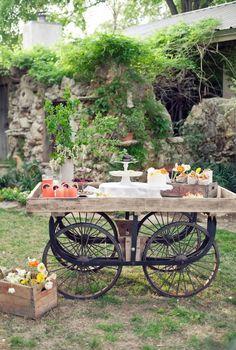antique wagon wheel ideas | Riciclo bicicletta: 22 idee per un riciclo creativo