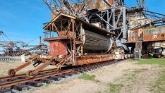 Lost Places der Industriekultur - Ferropolis - Burgdame Metal Festival, Museum, Lost, House Styles, Places, Campsite, Steel Sculpture, Steel Mill, Museums