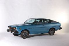 1978 Datsun in blue, Nissan, History, Cars Nissan Skyline, Datsun 210, 370z, Nissan Infiniti, Car Mods, Japanese Cars, Small Cars, Old Cars, Vintage Cars