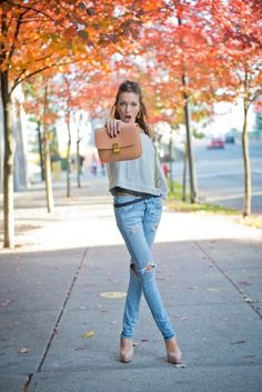 What Katie Wore – jacket: J Brand / t-shirt: T by Alexander Wang / jeans: Rag & Bone / handbag: Celine / belt: Barbara Bui / shoes: Brian Atwood / necklace: Katie Cassidy for H.E.L.P. / ring: c/o Henri Bendel