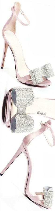 Hot Shoes, Crazy Shoes, Me Too Shoes, Zapatos Shoes, Shoes Heels, Heeled Boots, Shoe Boots, Gris Rose, Only Shoes