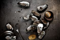 Oysters Oysters, Food Styling, A Food, Food Photography, Stuffed Mushrooms, Vegetables, Eat, Stuff Mushrooms, Vegetable Recipes