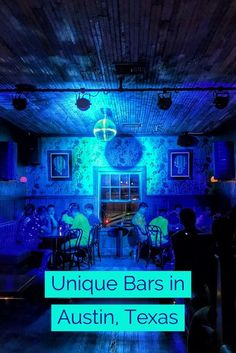 Unique bars in Austin, Texas including the perfect travel itinerary including things to do, what restaurants to eat at, and of course the best bars. Things To Do In Austin Tx, Weekend In Austin, Texas Things, Living In Austin Texas, Texas Travel, Travel Usa, Banff, Cool Bars, Weekend Getaways