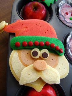 DIY Santa Pancakes