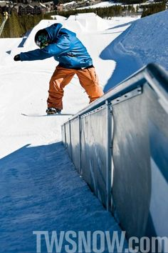 SNOWBOARDER is the most-read magazine in snowboarding, delivering more snowboard videos and photos than any other shred mag. Snowboarding Resorts, Snowboarding Videos, Snowboarding Photography, Transworld Snowboarding, Ski Sport, Read Magazines, Gore Tex, Columbia, Skiing